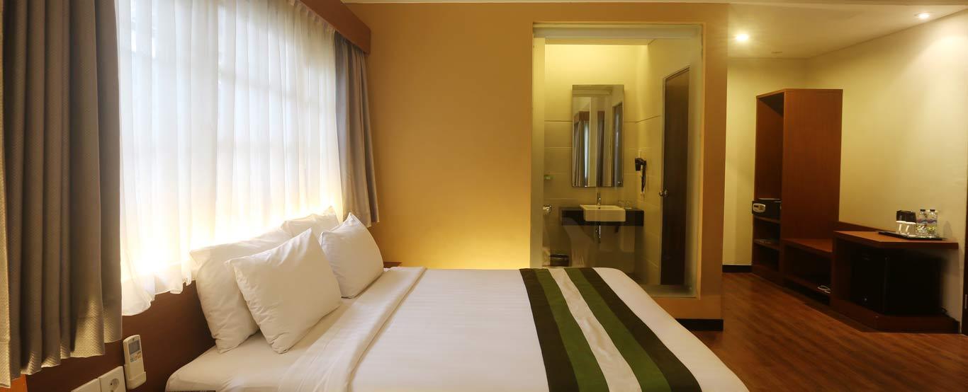 Grand Whiz Hotel Nusa Dua By Intiwhiz International